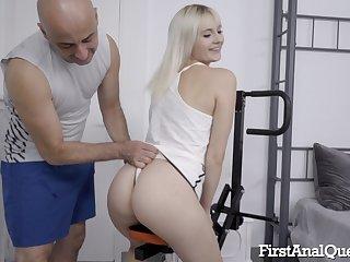 Blonde whore Miss Melissa deepthroats, ass fucks and swallows cum