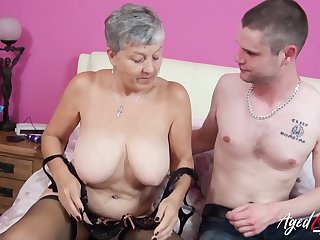 Horny mature lady got her pussy licked and fucked by horny and handy lover
