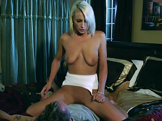 Unholy slut beguiled else's husband to satisfy own sexual needs