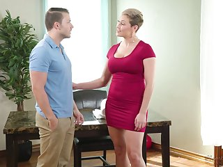 Young masseur Codey Steel fucks ample breasted milf with juicy ass Ryan Keely