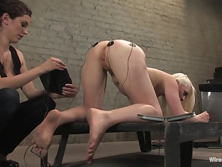 Electro orgasm for tied up and submissive blonde Lorelei Lee