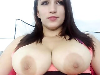 Amateur busty czech chick striptease