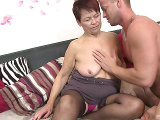 Younger lover slides his dick in tight pussy of mature Emmi