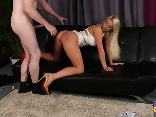 Sienna Day gives head and then gets her pussy beaten hard and deep