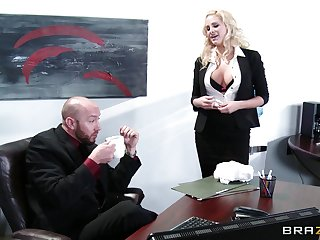 Wild sex on the office table with delicious secretary Jessica Nyx