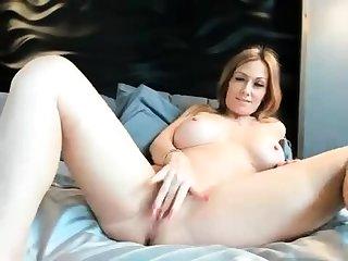 big boobs girl busty webcam nice
